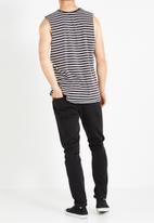 Cotton On - Tapered jeans