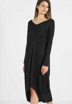 Cotton On - Amber v neck high low t-shirt dress