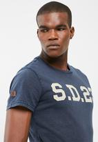 Superdry. - Solo sport tee