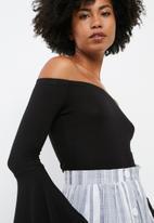 dailyfriday - Flared sleeve off shoulder bodysuit