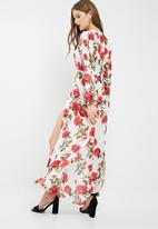 Missguided - Floral print plunge playsuit