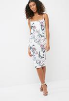 Missguided - Floral print scuba midi dress