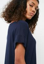 dailyfriday - V-neck t-shirt dress