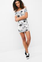 Missguided - Moon sun and star print bardot dress