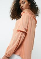 dailyfriday - Off the shoulder feminine blouse
