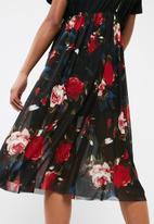 dailyfriday - 2 in 1 mesh cami dress