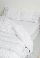 Sheraton - Alfalfa embroidered duvet cover set