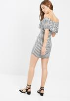 Missguided - Gingham layer bardot dress