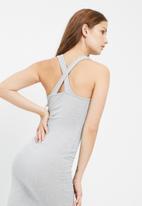 Missguided - Ribbed cross back bodycon midi dress