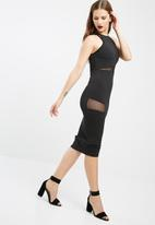 Missguided - Round neck mesh insert midi dress