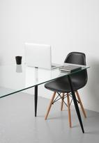 Sixth Floor - Vera dining table