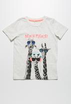 name it - Giraffe tee