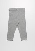 name it - Vivian capri leggings