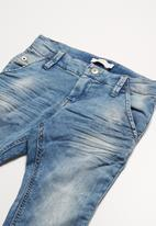 name it - Afred jeans