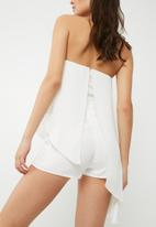 Missguided - Chiffon bandeau asymmetric playsuit