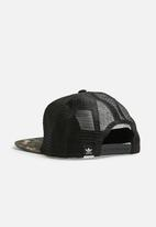adidas Originals - Camo trucker hat