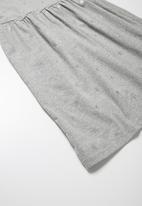 dailyfriday - Star t-shirt dress