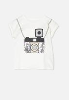 Cotton On - Kids anna step hem tee