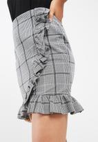 Vero Moda - Check frill skirt