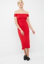 dailyfriday - Viscose knit off the shoulder midi dress
