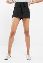 Vero Moda - Rosalin shorts