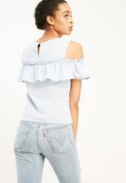 Vero Moda - Isa cold shoulder top