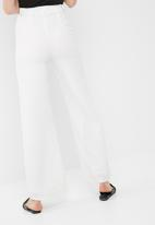 Missguided - Premium textured crepe wide leg trousers