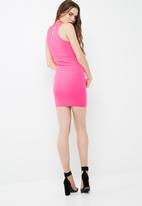 Missguided - High neck multi strap bodycon dress