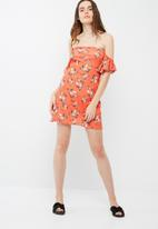 Missguided - Floral bardot dress