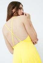 Missguided - Strappy back skater dress