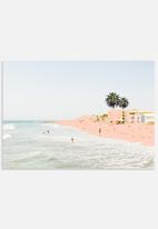 83 Oranges - Pink beach