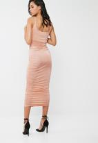 Missguided - Slinky gathered side midi dress
