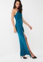 Missguided - Blue slinky maxi dress