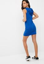 Missguided - Ribbed hooded bodycon dress