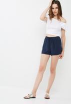 Jacqueline de Yong - Coach shorts
