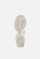 adidas Originals - SEEULATER Primeknit