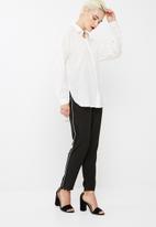 Vero Moda - Isabell long shirt