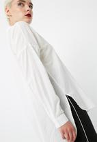 Vero Moda - Isabell long shirt