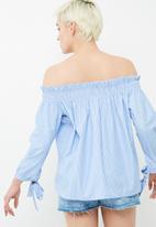 ONLY - Sharon off shoulder embroidered top