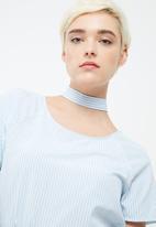 ONLY - Chloe choker top