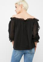 Vero Moda - Pauline off shoulder top