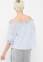 Vero Moda - Pauline off shoulder top
