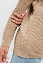 dailyfriday - Slouchy v-neck knit