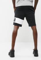 PUMA - Rebel sweat shorts
