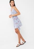 dailyfriday - Functional wrap dress