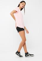 dailyfriday - Scoopneck relaxed tee with turn back cuff