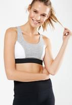 Cotton On - Tone up strappy crop