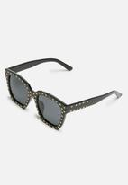 dailyfriday - Melanie sunglasses with studs
