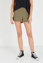 Cotton On - Paige flirty shorts