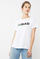 dailyfriday - Rad tee